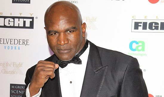 Evander Holyfield Hang Up His Boxing Gloves