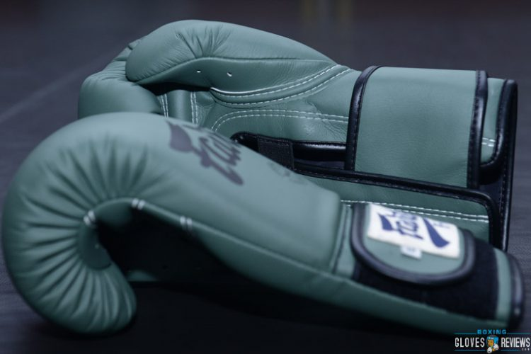 Gifts for Boxers & Boxing Fans - Boxing Gloves
